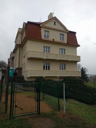 oprava fasády a balkonů vily Na Stráži, Praha 8 Libeň